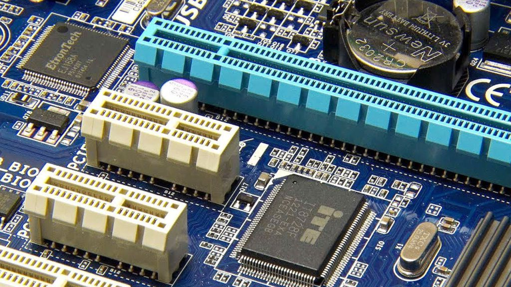 PCIe slots